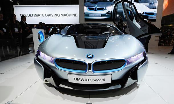 BMW i8 Concept Hybrid Front 1280
