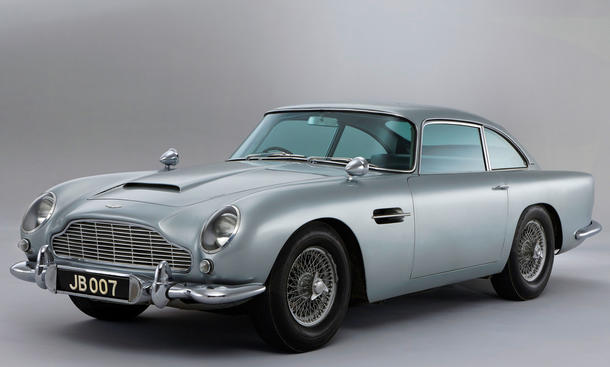 Schloss Dyck Classic Days 2012 mit Aston Martin und James Bond DB5