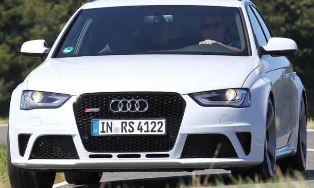 Bilder Audi RS4 Avant 2012 Sport-Kombi-Vergleich