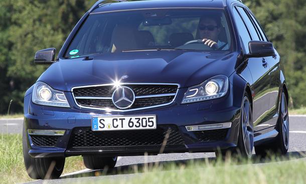 Bilder Mercedes C 63 AMG T-Modell 2012 Sport-Kombi-Vergleich