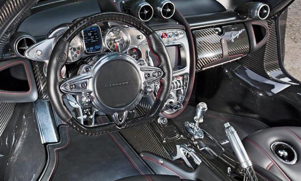 Pagani Huayra - Cockpit