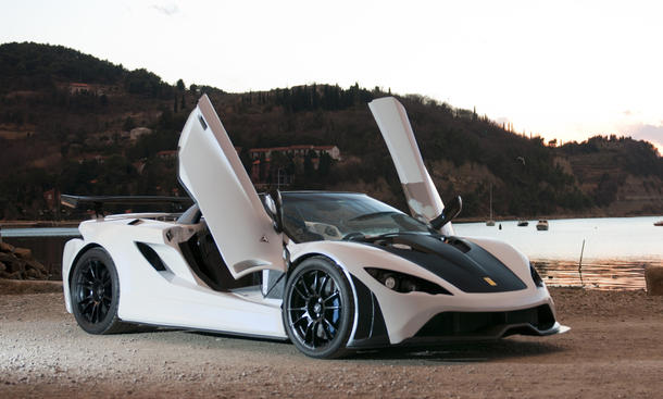 Tushek Renovatio T500 2012 Slowenischer Supersportler