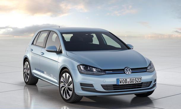 VW Golf VII BlueMotion Auto Salon Paris 2012 Front