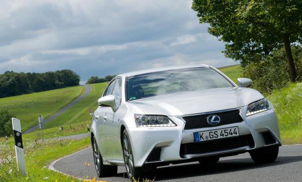 Bilder Lexus GS 450h 2012 Test