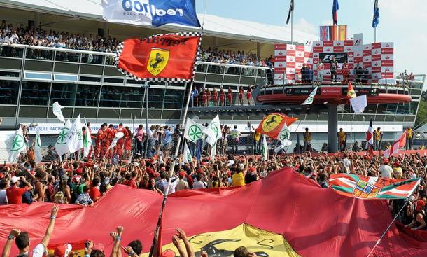 Formel 1 Italien GP Monza Ferrari Hochgeschwindigkeitskurs