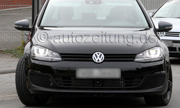 VW Golf VII GTI 2013 Erlkönig ungetarnt Kompakt Sportler