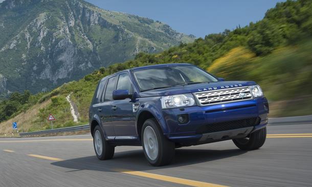 Land Rover Freelander TD4 SUV-Vergleich 2012 Fahraufnahme Front