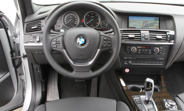 SUV-Vergleich 2012: BMW X1 xDrive 20d gegen BMW X3 xDrive 20d ...