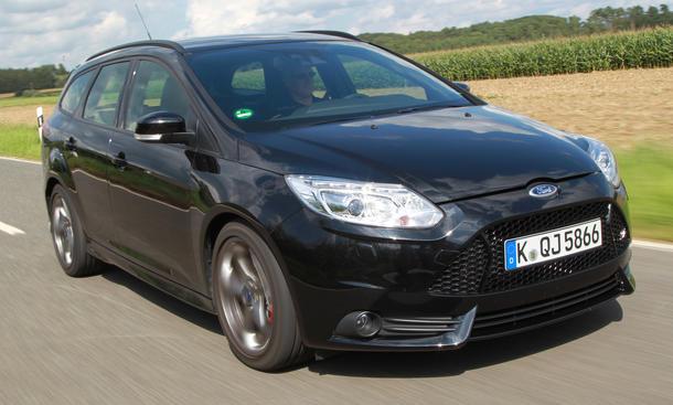 Fahrbericht Ford Focus ST Turnier Kompaktklasse Kombi Front