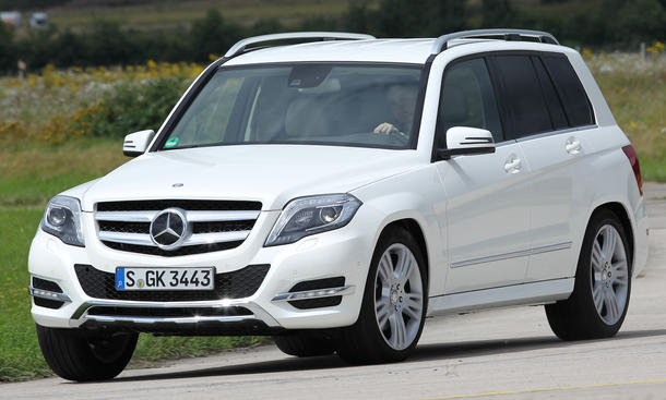 Mercedes GLK 350 CDI SUV-Vergleich 2012 Fahraufnahme Front Kurvenverhalten