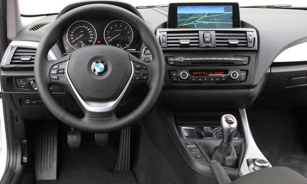 bmw 114i f20 2012 sparsamer 1er mit 102 ps im test bild 4. Black Bedroom Furniture Sets. Home Design Ideas