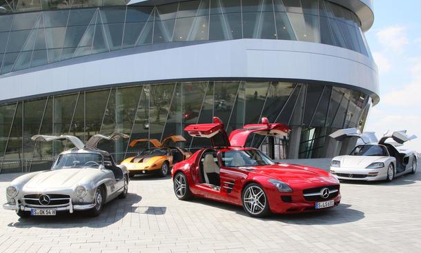 Bilder Faszination Mercedes Flügeltürer 2012 300 SL C111 C112 SLS 63 AMG