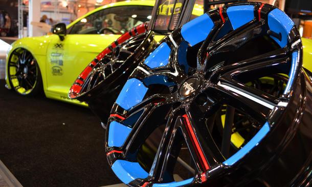 Essen Motor Show 2012 Tuning Felgen farbig lackiert bunt