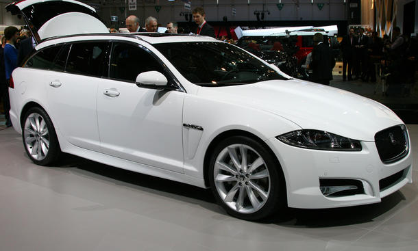 jaguar xf sportbrake oberklasse kombi kostet ab. Black Bedroom Furniture Sets. Home Design Ideas