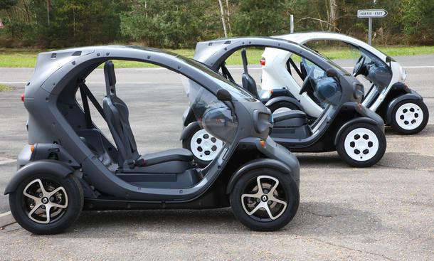 renault twizy r ckruf f r elektroauto wegen dichtungsfehler. Black Bedroom Furniture Sets. Home Design Ideas