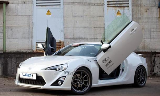Toyota GT86 Flügeltüren LSD-Doors 2012 Sportcoupé