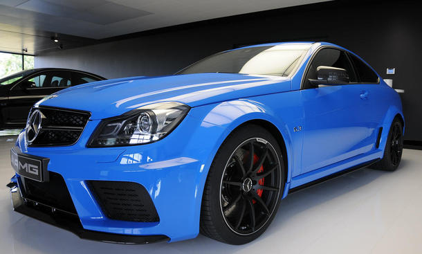 Mercedes C 63 AMG Coupé Black Series French Blue blau Sonderlackierung Farbe