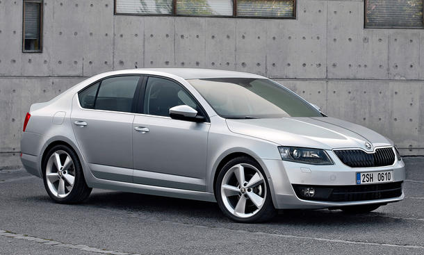 skoda octavia 2013 erste bilder und alle infos zur neuen. Black Bedroom Furniture Sets. Home Design Ideas