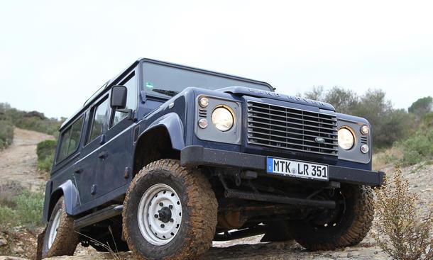 Land Rover Defender 2-2 TD4 110 Station Wagon