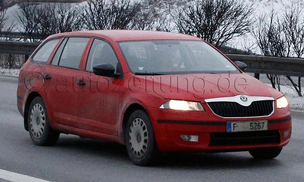 Skoda Octavia Combi 2013 Erlkoenig Superb Facelift
