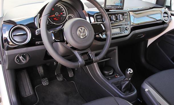 Bilder VW Up! 1.0 BMT 2013 Vergleich Cockpit