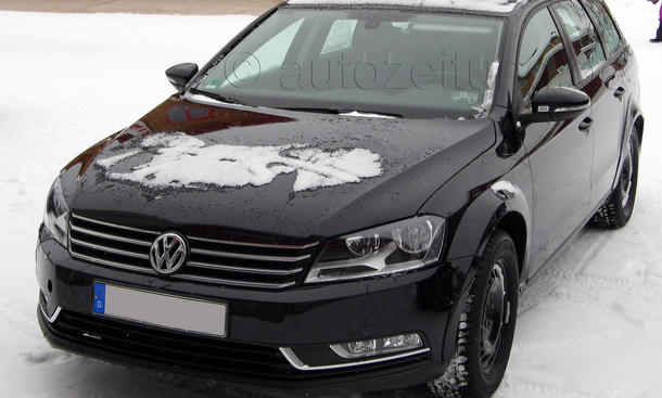 VW Passat 2014 Erlkoenig Mule Variant Kombi Hybrid MQB