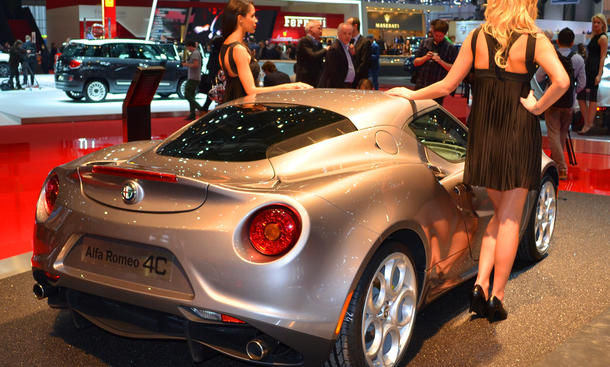 alfa romeo 4c launch edition preis autosalon genf 2013 bild 7. Black Bedroom Furniture Sets. Home Design Ideas