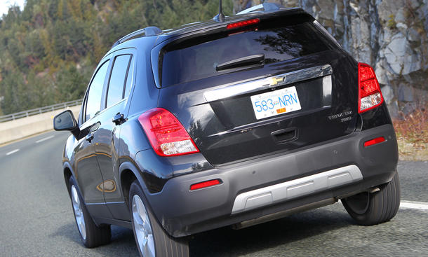 Bilder Chevrolet Trax 1.6 2013 Kompakt SUV Abmessungen