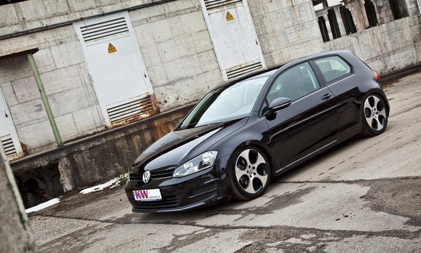 vw golf vii 2013 tuning tieferlegung mit kw gewindefahrwerk. Black Bedroom Furniture Sets. Home Design Ideas