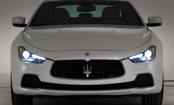 2014 - [Maserati] Ghibli - Page 6 Maserati-Ghibli-2013-Shanghai-Motor-Show-01