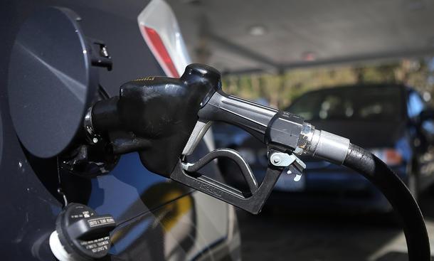 Benzinverbrauch Autos Studie 2013 Untersuchung Hersteller