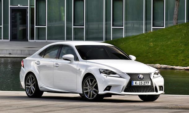 Lexus IS 2013 Preis Markteinfuehrung dritte Generation Bilder