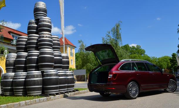 Fahrbericht Skoda Superb Combi 2013 Facelift Kombi Limousine
