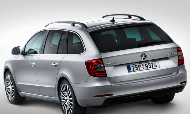 skoda superb 2013 preis nach facelift ab euro. Black Bedroom Furniture Sets. Home Design Ideas