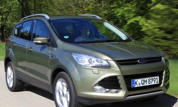 Bilder Ford Kuga 2.0 TDCi 4x4 2013 Kompakt-SUV Fahrwerk Lenkung
