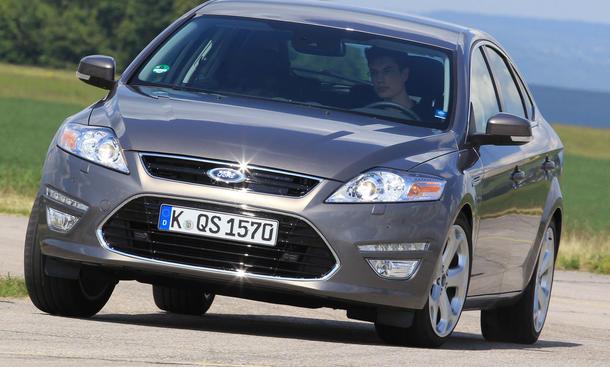 Bilder Ford Mondeo 2.2 TDCi 2013 Vergleichstest Preis