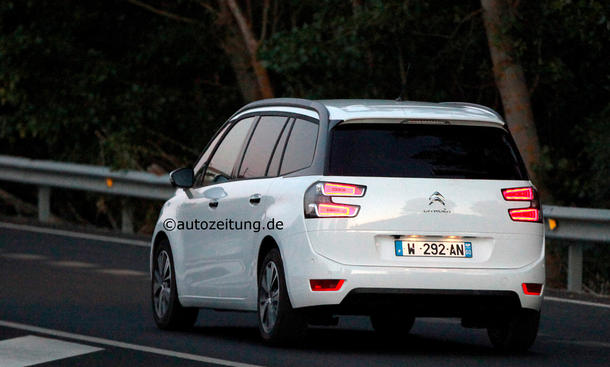 citroen c4 grand picasso 2013 familien van ungetarnt vor. Black Bedroom Furniture Sets. Home Design Ideas