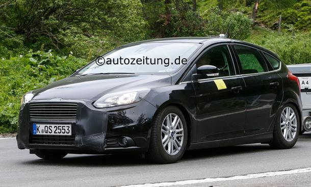 Erlkönig Ford Focus Facelift 2014 Kompakt-Klasse Motoren Innenraum Design