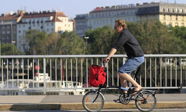 Fahrrad rote Ampel Strafe Autofahrer Probezeit Bußgeld