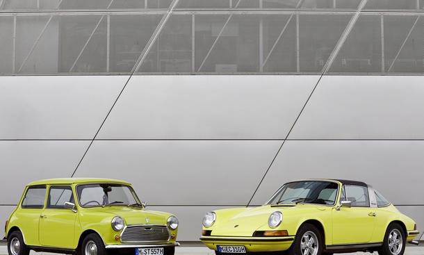 Mini gratuliert 50 Jahre Porsche 911 Jubiläum Automobilklassiker