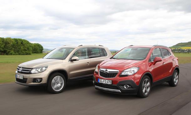 Vergleich Opel Mokka 1.7 CDTI 4x4 ecoFLEX VW Tiguan 2.0 TDI 4Motion BMT Bilder SUV Styling