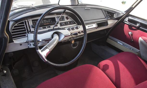 Citroen DS/ID Kaufberatung Ratgeber Classic Cars Bilder Cockpit