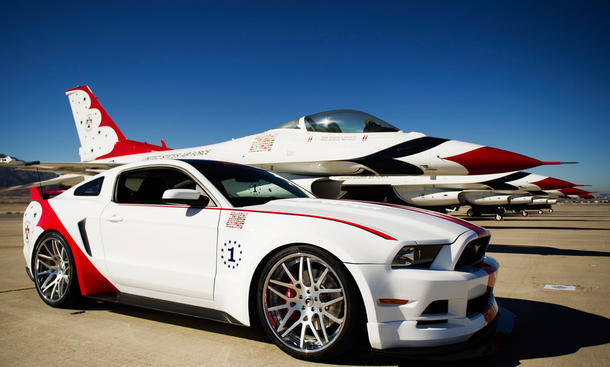 Ford Mustang GT US Airforce Thunderbirds Edition 2014 Bilder