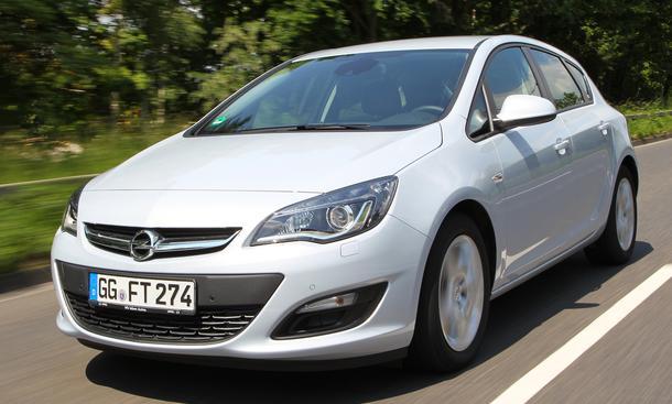 Opel Astra 1.6 SIDI Eco Turbo 2013 Test Verbrauch Kompakter Fünftürer Benziner