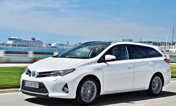 Toyota Auris Touring Sports Hybrid Kompaktkombi Fahrbericht Neuheit Front