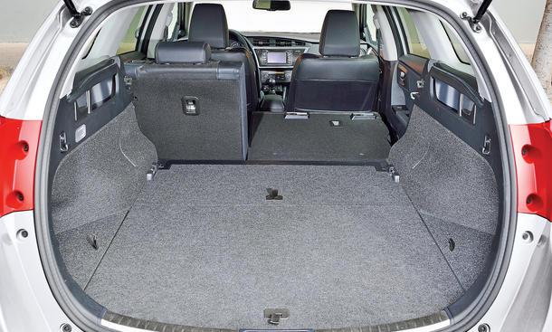 test toyota auris 1 3 2017 2018 best cars reviews. Black Bedroom Furniture Sets. Home Design Ideas