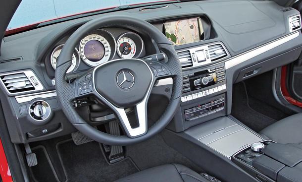 Bilder 2013 Mercedes E 400 Cabriolet Vergleichstest Cockpit