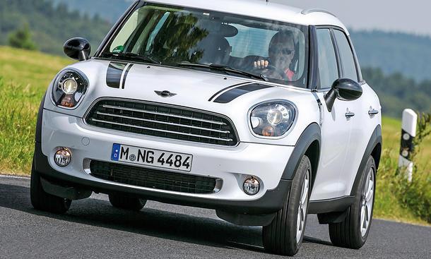 Bilder Mini One Countryman 2013 Crossover Vergleichstest Kurvenfahrt