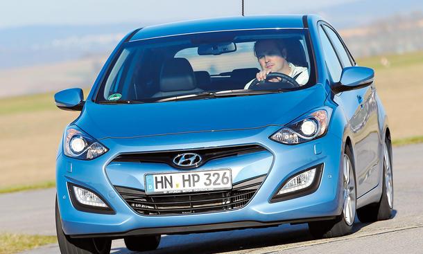 Hyundai i30 1.6 CRDi Test Kompaktklasse Fünftürer Diesel Bilder Verbrauch