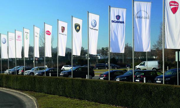 VW Hagelschaden Neuwagen Autos 2013 Juli